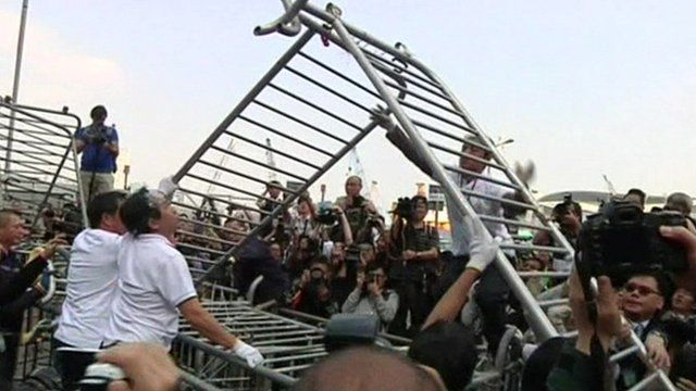 Barricades are removed at Hong Kong protest site