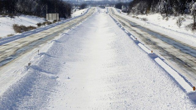 There is no traffic on a closed 219 in Orchard Park, N.Y. on Wednesday, Nov. 19, 2014