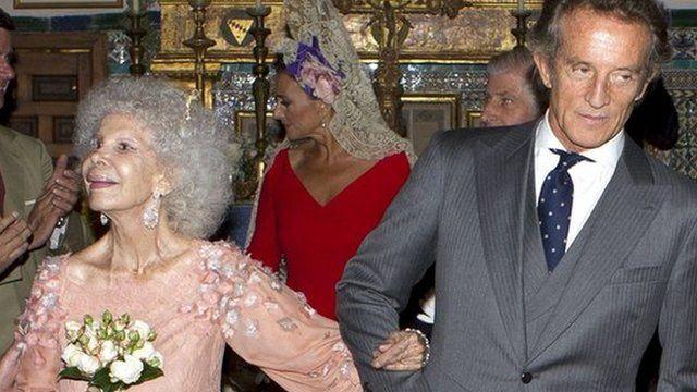 Spanish Duchess of Alba and her husband Alfonso Diez
