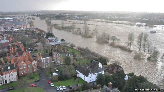 Floods seen from Worcester cathedral