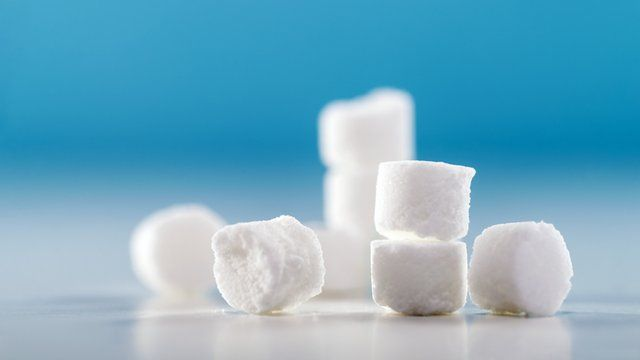 Salt or sugar - experts debate their health risks