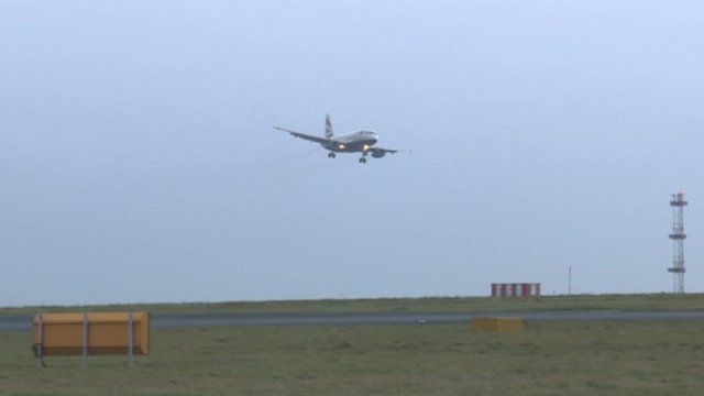 A BA plane faces difficulties on an aborted landing
