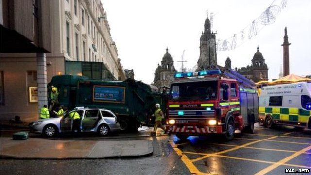 Lorry crash, George Square, Glasgow