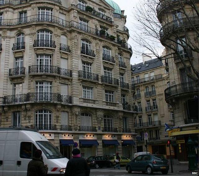 Short-let apartments spark Paris row as Airbnb thrives