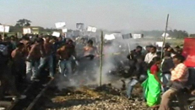 Tribal settlers in Kokrajhar, Assam protest against violent attacks by separatists