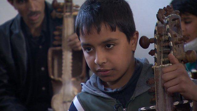 Afghan music student Ghufran Umar: