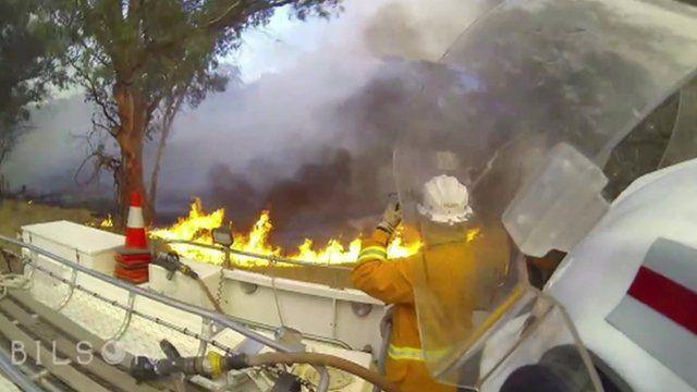 Bush fires rage in South Australia