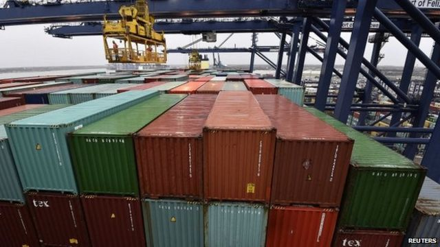 UK trade deficit narrows after oil price falls