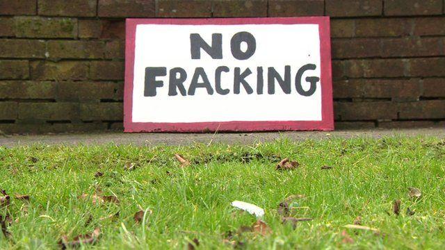 "A sign saying ""No Fracking"""