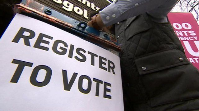 register to vote sign