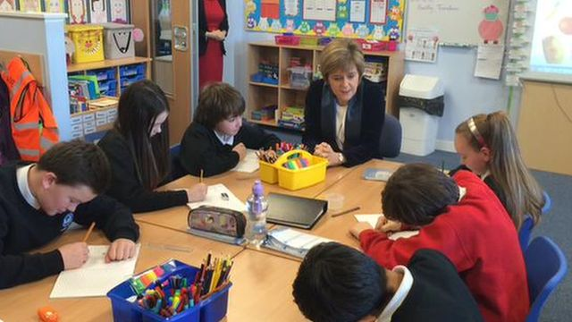Nicola Sturgeon in a classroom
