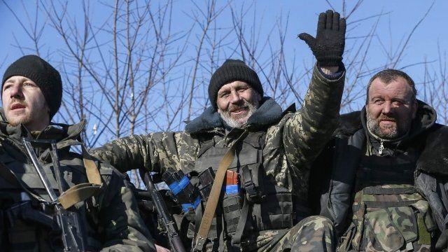 Ukraine troops pull out of Debaltseve