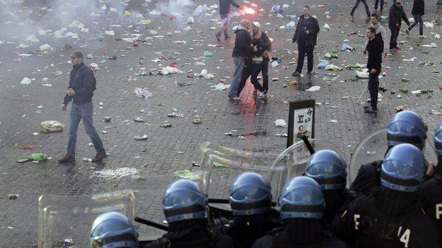 Feyenoord fans near the Spanish Steps