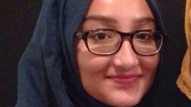Three UK schoolgirls 'travelling to Syria'