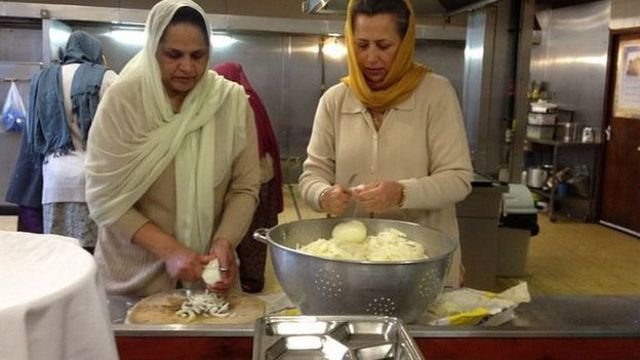 Why homeless Britons are turning to the Sikh community for food