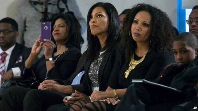Malcolm X's daughter Ilyasah Shabazz, (centre) attends ceremony in Harlem, New York. Photo: 21 February 2015