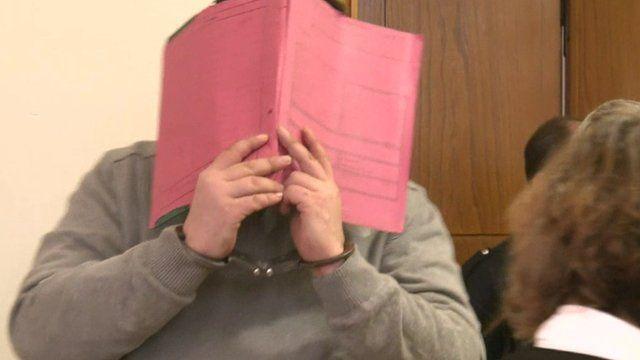 Niels H hid behind a folder