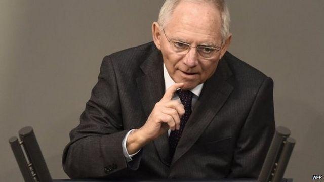 Greek debt crisis: German MPs back bailout extension