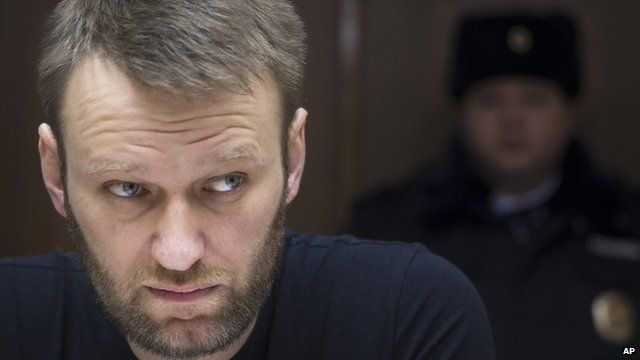 Russian opposition activist Alexei Navalny sits in a court room in Moscow on 27 February 2015