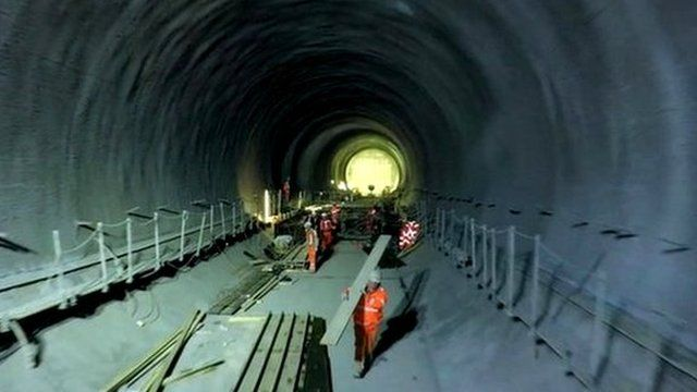 Workers in a Crossrail tunnel