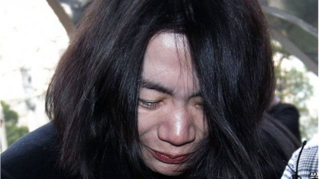 South Korea flight attendant sues over 'nut rage'