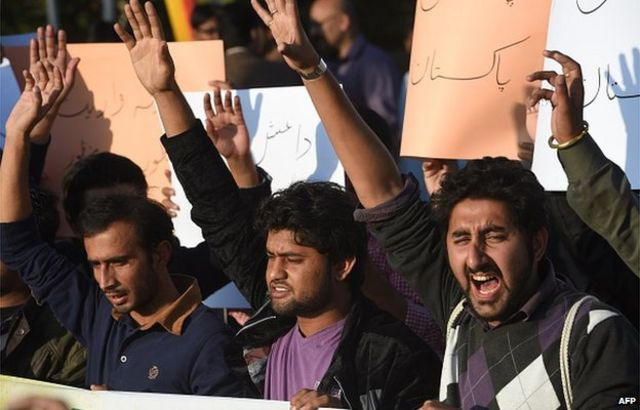 Islamic State enters fray in Pakistan