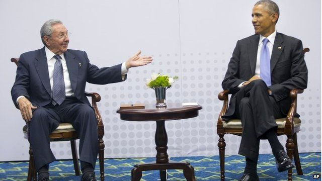 US President Barack Obama (right) with Cuban President Raul Castro