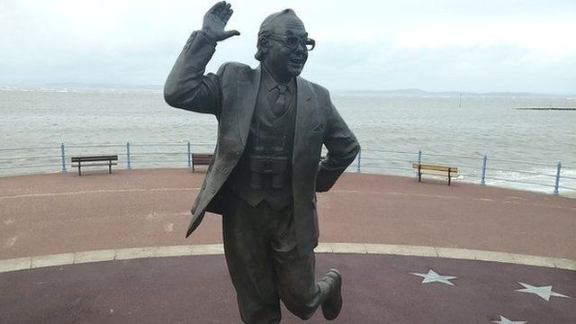 The Eric Morecambe statue which overlooks Morecambe Bay