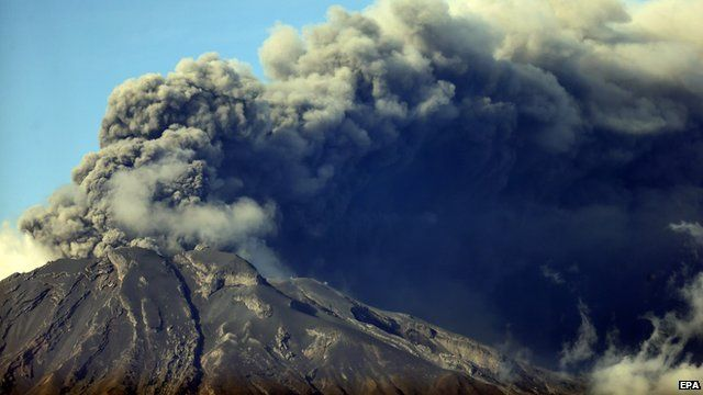 Clouds of ash erupting from top of Calbuco volcano in Chile
