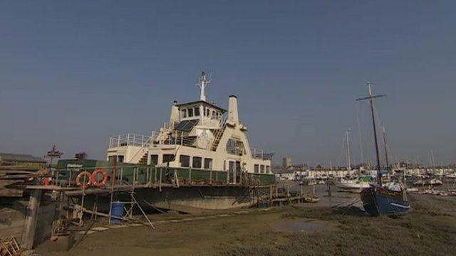 Shieldsman ferry houseboat