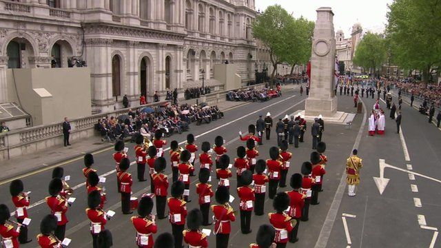 Service of remembrance marks anniversary of VE Day