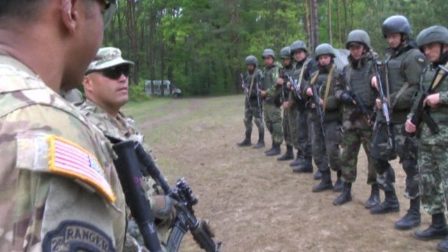 US and Ukrainian soldiers