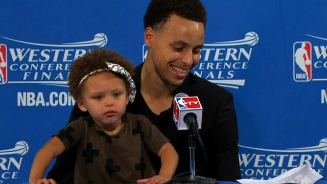 Steph Curry's two-year-old daughter upstages dad at news conference