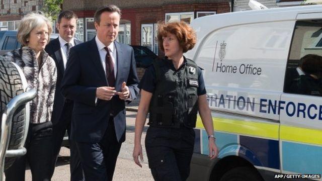 David Cameron won't 'cave in' on migration target despite new figures