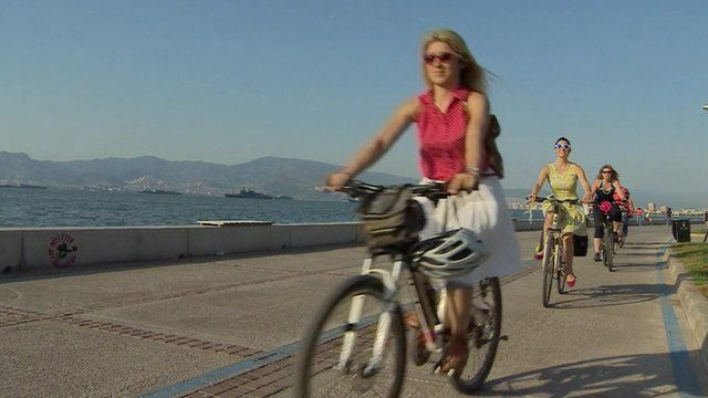 Cyclists in Izmir