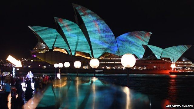 "A light show called ""Vivid"" changes the appearance of the Sydney Opera House in Sydney"