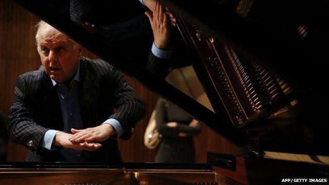 Daniel Barenboim talks about his new piano, the Barenboim-Maene concert grand,
