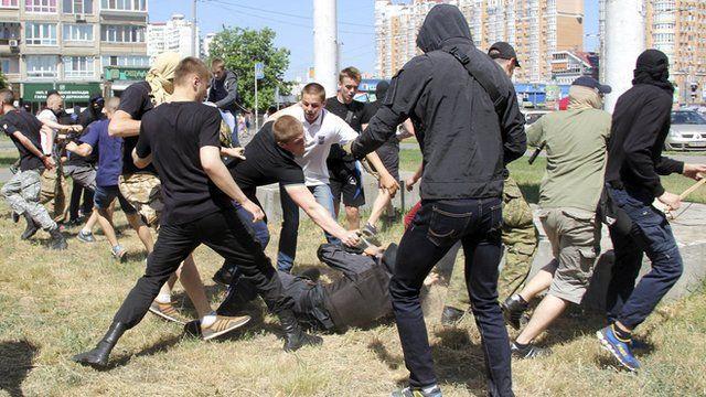Protesters attack police in Kiev, 6 June 2015