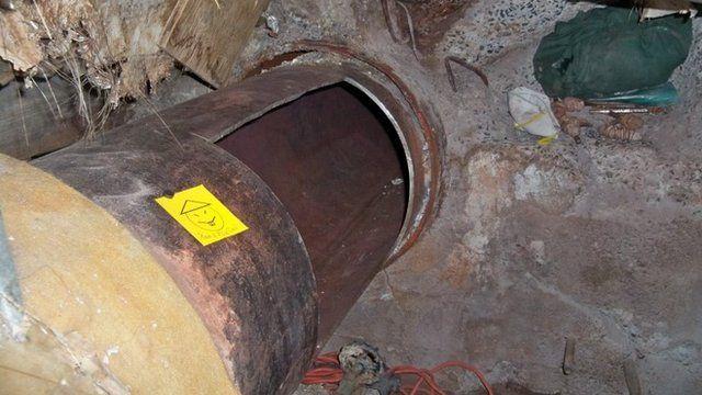 Hole cut in pipe
