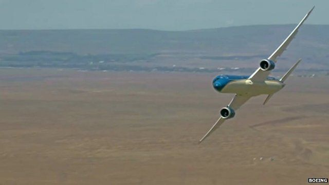 Boeing 787 Dreamliner banking as it rehearses for 2015 Paris Air Show