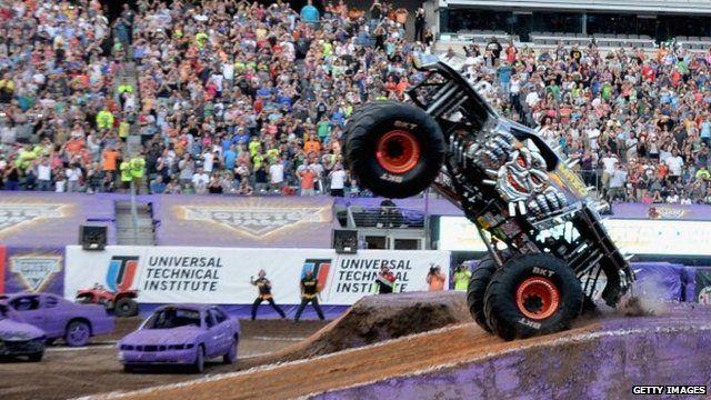 Monster Truck record bid