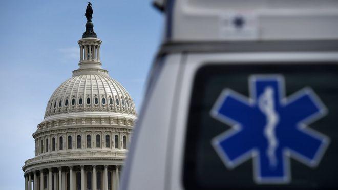 Американский конгресс одобрил крупнейший в истории пакет помощи в условиях пандемии