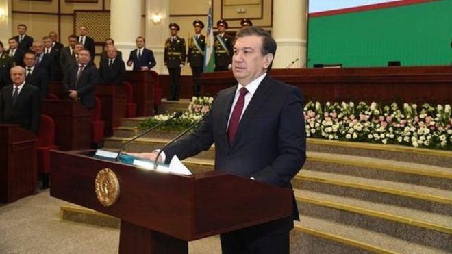 Президент Шавкат Мирзиёевнинг қасамёд қабул қилган пайти
