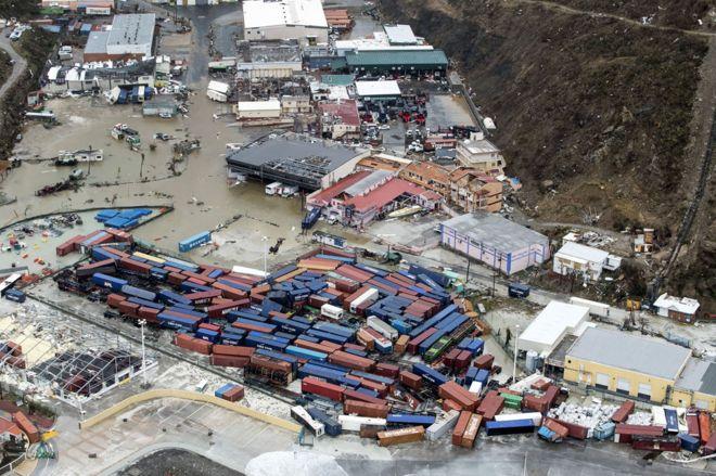 Fotografía aérea tomada por el Departamento de Defensa de Holanda, 6 de septiembre de 2017, que muestra los daños causados por el huracán Irma en Philipsburg