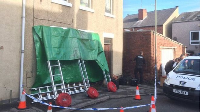 Chesterfield house fire: Murder arrest over woman's death - BBC News