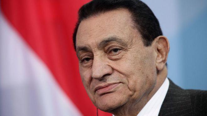 وفاة حسني مبارك: العسكري الذي حكم مصر لثلاثة عقود