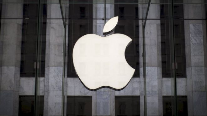 Apple AI accused of leading to man's wrongful arrest - BBC News