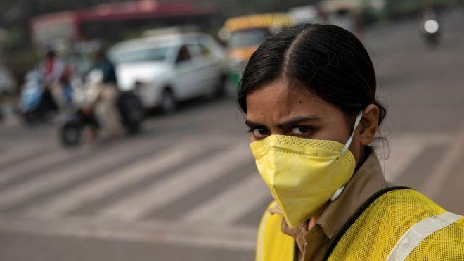 agente de tránsito en Delhi