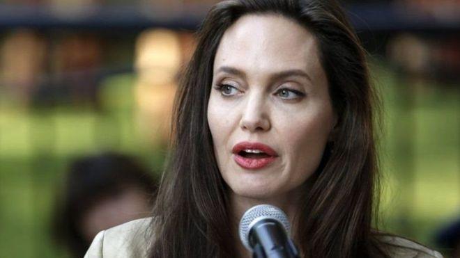 آنجلینا جولی: هر فیلمی که در افغانستان ساخته میشود، پیروزی در برابر نابرابری است