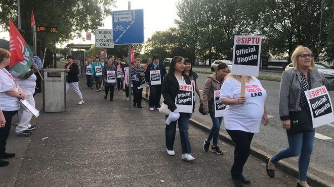 Republic of Ireland health support staff walk out on strike - BBC News